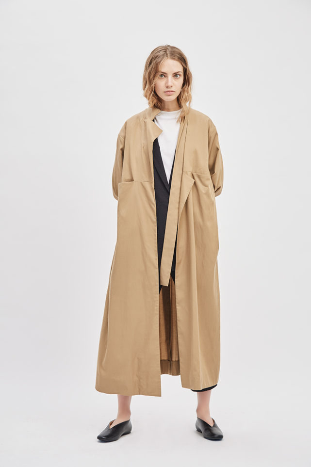 asymmetrical-overcoat-trench-bosc-camel-coat-de-smet-made-in-new-york-11