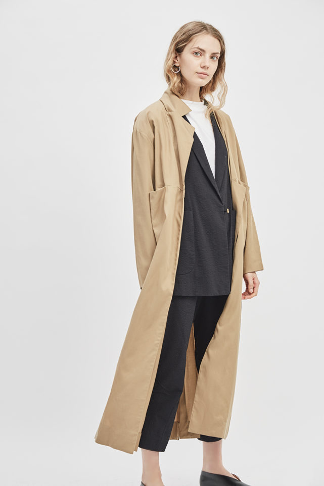 asymmetrical-overcoat-trench-bosc-camel-coat-de-smet-made-in-new-york-12