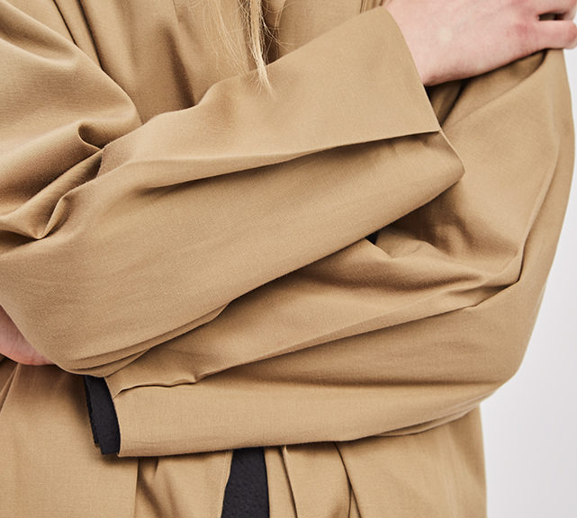 asymmetrical-overcoat-trench-bosc-camel-coat-de-smet-made-in-new-york-3