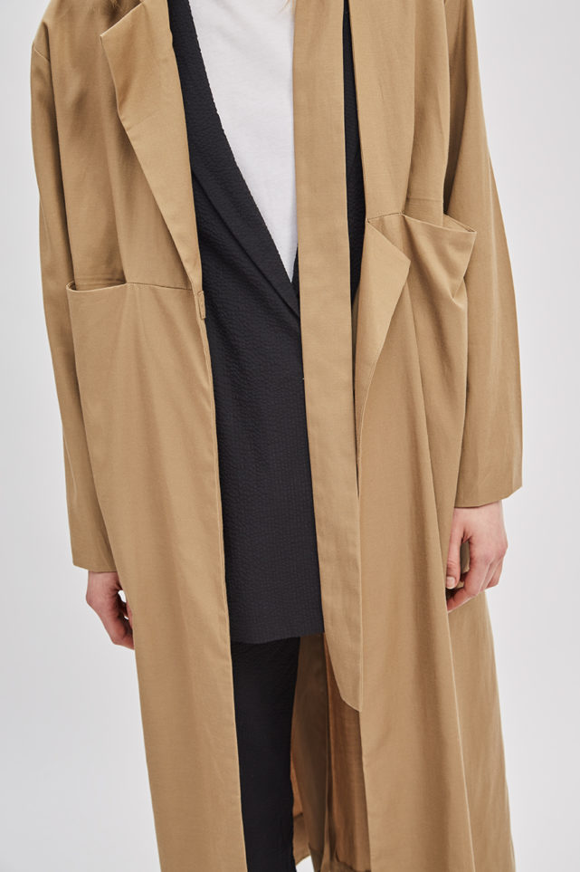 asymmetrical-overcoat-trench-bosc-camel-coat-de-smet-made-in-new-york-6