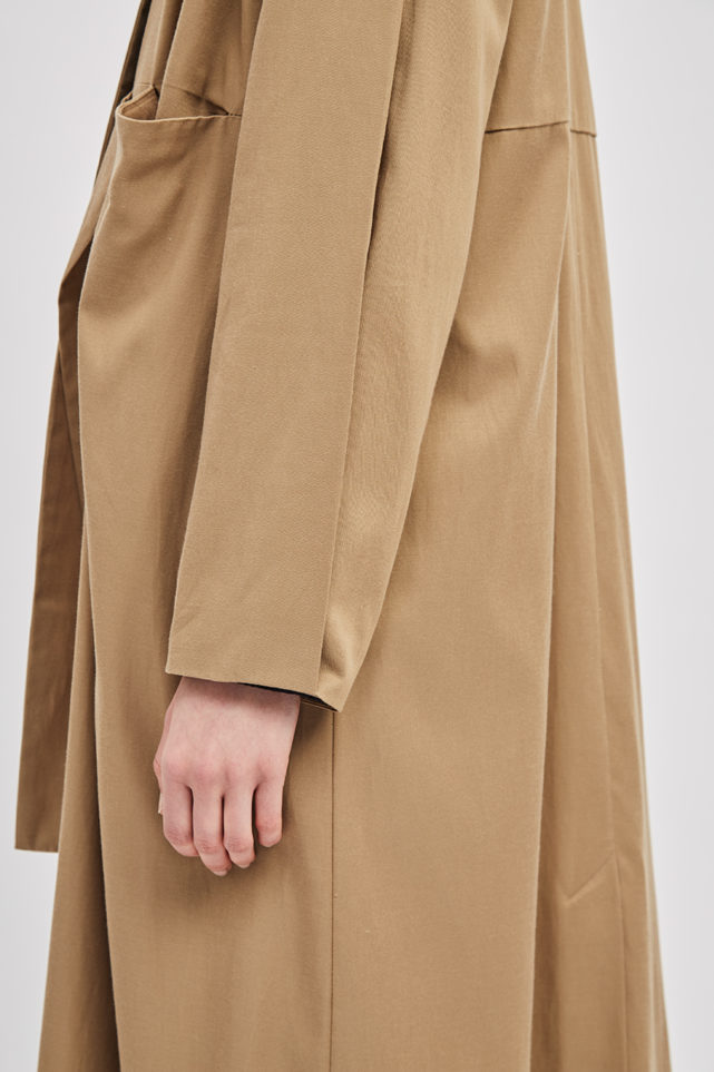 asymmetrical-overcoat-trench-bosc-camel-coat-de-smet-made-in-new-york-8