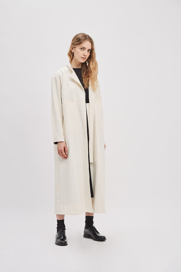 asymmetrical-overcoat-trench-canvas-cream-ivory-coat-de-smet-made-in-new-york-10