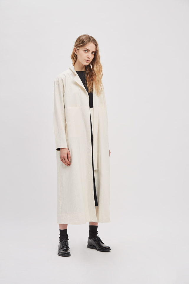 asymmetrical-overcoat-trench-canvas-cream-ivory-coat-de-smet-made-in-new-york-10