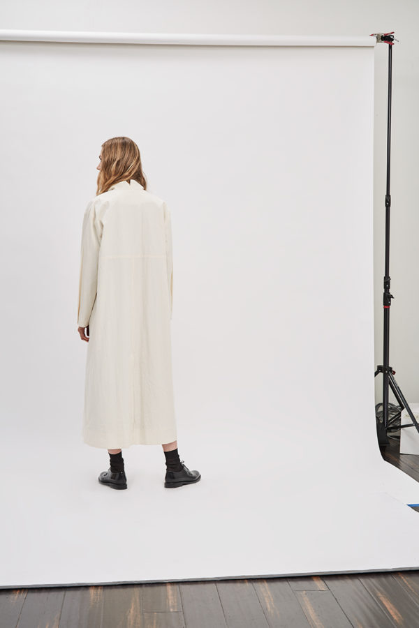 asymmetrical-overcoat-trench-canvas-cream-ivory-coat-de-smet-made-in-new-york-8