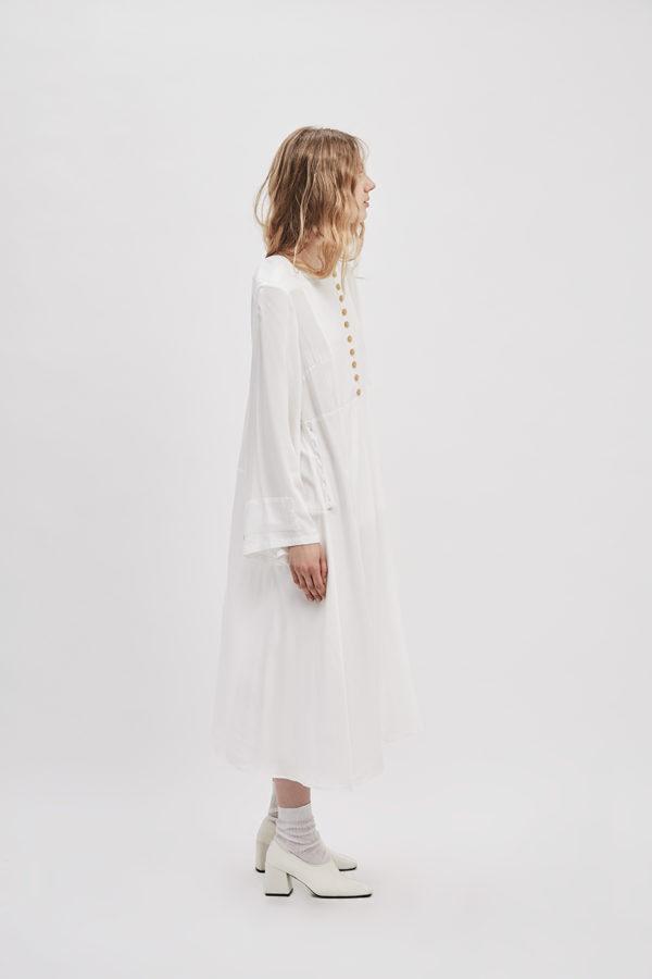 button-up-convertible-dress-starch-white-dress-wear-three-ways-de-smet-made-in-new-york-10
