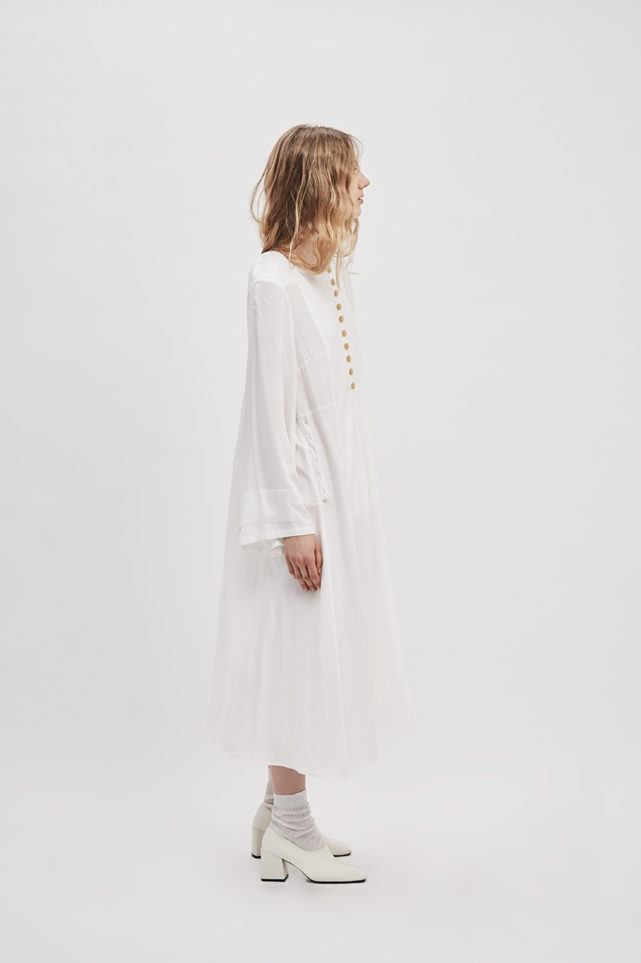 button-up-convertible-dress-starch-white-dress-wear-three-ways-de-smet-made-in-new-york-10