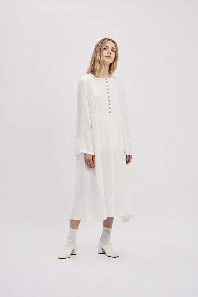 button-up-convertible-dress-starch-white-dress-wear-three-ways-de-smet-made-in-new-york-11