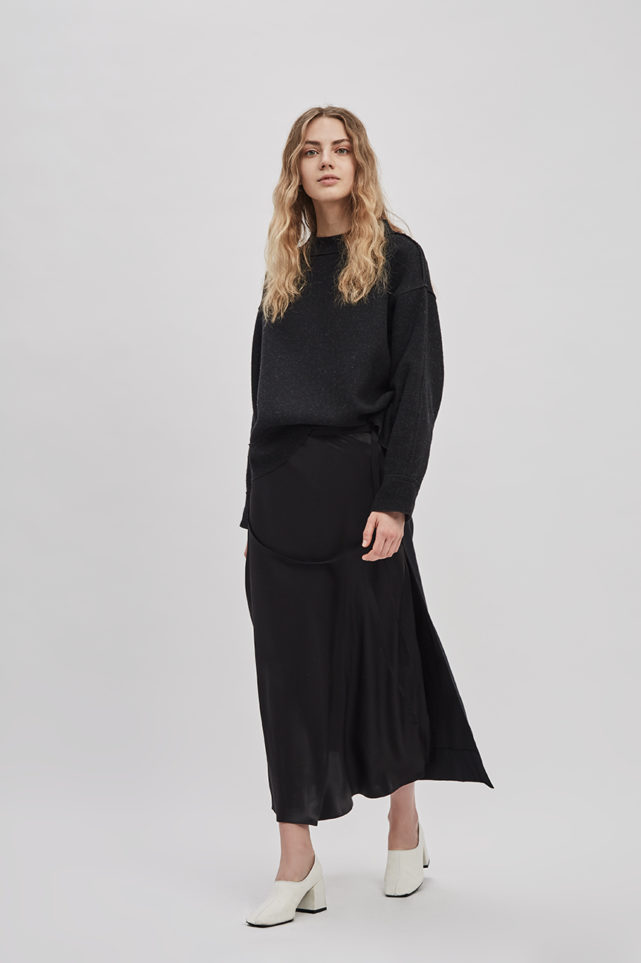 reversible-wrap-skirt-black-poppyseed-de-smet-made-in-new-york