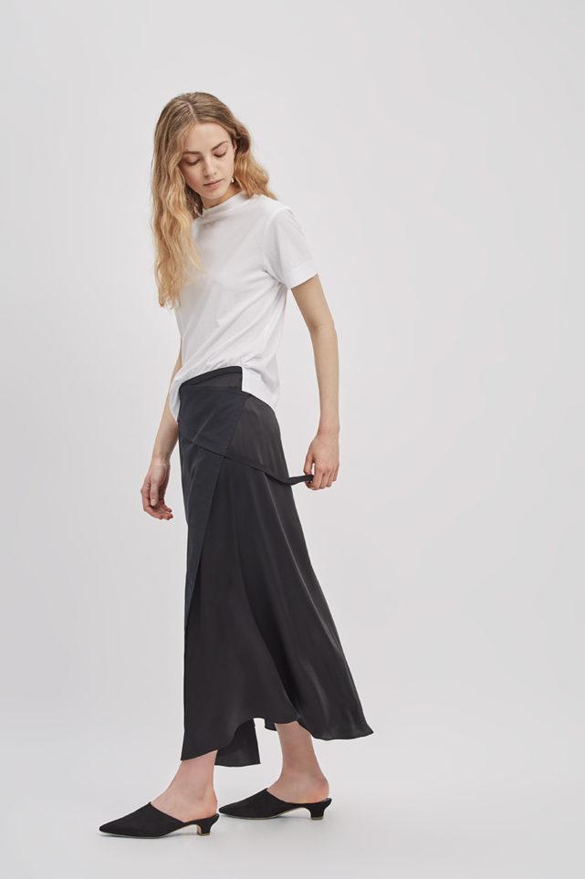 reversible-wrap-skirt-black-poppyseed-de-smet-made-in-new-york-22